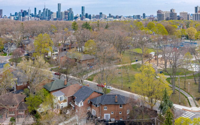(c) Aerial photos of 169 Welland Ave by DroneHub exclusively for SHANE.